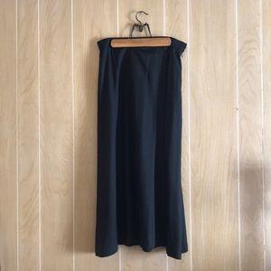 Linda Allard for Ellen Tracy 14 Black Silk Skirt
